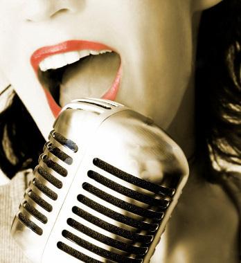 ¡Cantar me hace feliz y me divierte!