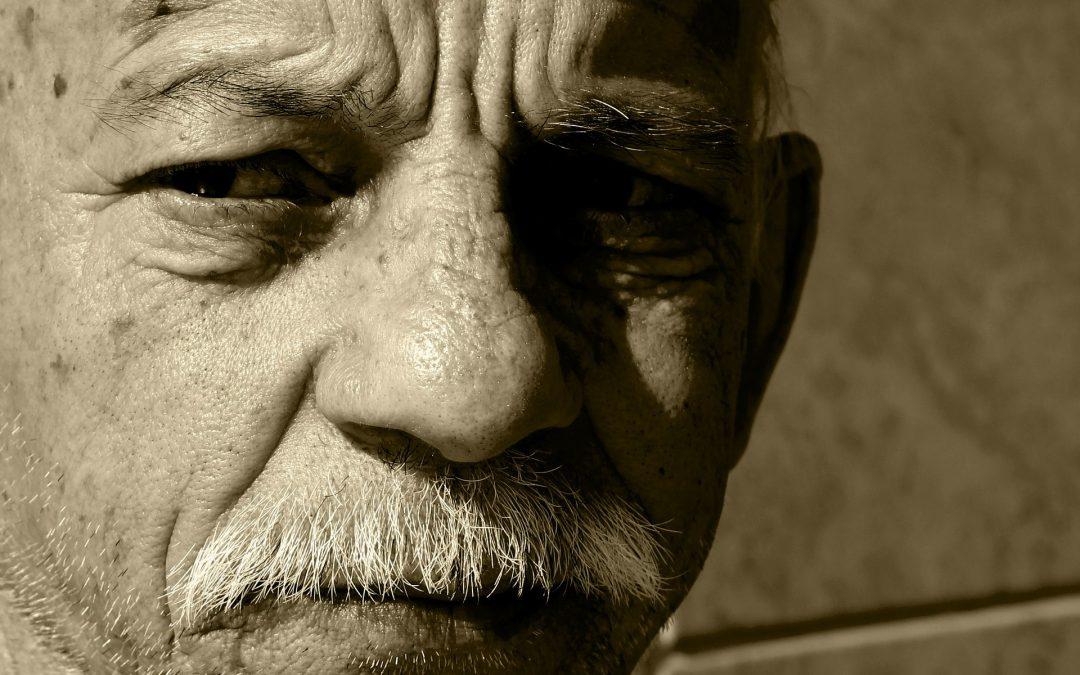 Diálogo entre un médico y un anciano, cuento Sufi sobre la aceptación