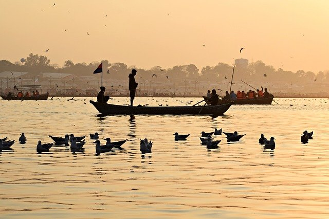 Agua del Ganges, parábola sobre la no-dualidad